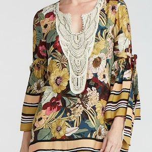 Coco and Carmen NAYA BEADED/FLORAL TUNIC